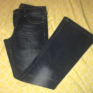 Maurice's Jeans. Size 9/10 regular.